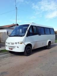 Vendo Micro ônibus ano 2003 fone *