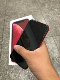 Título do anúncio: iPhone XR Red seminovo na caixa >> pronta entrega