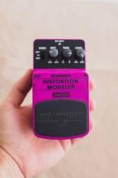Pedal Para Guitarra Behringer DM10 - Modelador de Distorção