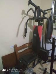 Estação de musculação wtc