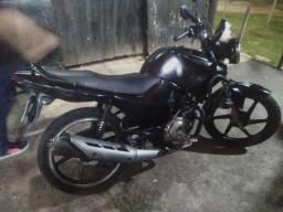 Vendo essa moto Yamaha 125 factor