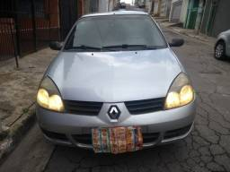 Clio Sedan autentique 1.0 16 v. 4 p. Completo