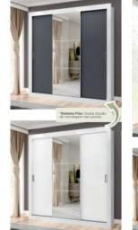 Guarda roupa de casal com espelho na porta do meio, montagem gratis