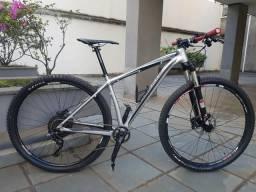 Bicicleta Specialezed stumpjumper - Aro 29 - Quadro 17.5 M - Shimano XT - Bike muito nova