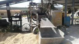 Vende -se maquinario completo para fabricaçao de blocos em exelente estado