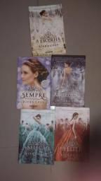 """Livros coleção kiera kass """"SELEÇÃO"""" - cinco livros"""