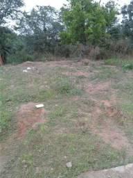 Terreno atrás do bairro aroeira