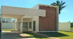 Casa a venda em Condomínio fechado em Araguaína