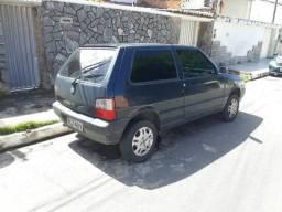 Fiat Uno 2p com Ar/Direção/Vidro - 2010