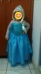 Fantasia Frozen 04 anos
