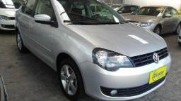 Vw - Volkswagen Polo Sedan 1.6 - 2014