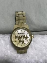 0a8546c9e58 Relógio michael kors madreperola