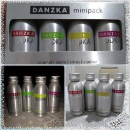 Vodka Kit 4 Danzka - Em Alumínio - Hobbies e coleções