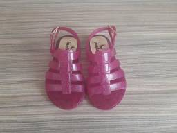 Sandalinhas e sapato