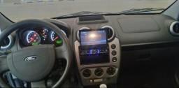 Fiesta class sedan 1.6 estado de zero! - 2011