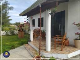 Casa semi mobiliada na segunda quadra do mar no bairro Village Dunas