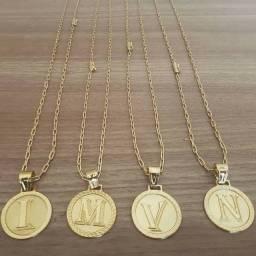 Cordões moeda antiga banhado a ouro18k