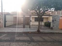 Casas de 3 dormitório(s) na VILA MELHADO em Araraquara cod: 34153
