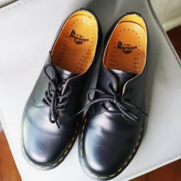 Dr. Martens original smooth leather oxford shoes 39