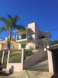 Linda casa tipo sobrado em ótima localização em Joaçaba aceita financiamento