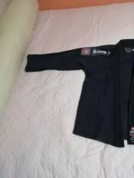 Vendo kimono pouco tempo de uso