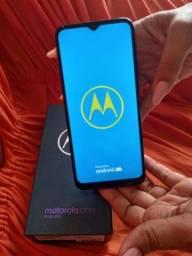Vendo celular Motorola on fusion 128 gb