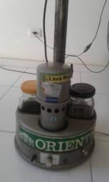 Vendo Maquina de Lavar Relógios marca IAR para relojoeiros ou colecionadores.