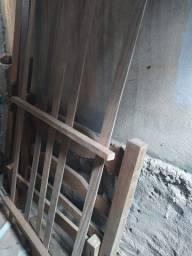 Cama De Solteiro Madeira Maciça | Usado