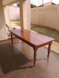 Mesa maciça  madeira pura , material de 1 ,gaveta embutida, trabalho italiano