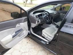 Honda Civic com excelente estado de conservação
