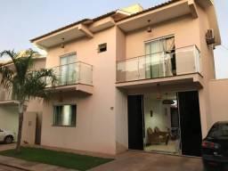 Sobrado com 3 dormitórios à venda, 200 m² por R$ 600.000,00 - Jardim Aeroporto - Várzea Gr