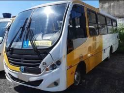 Micro onibus ano 2014 ótimo estado auto escola e motor home