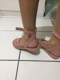 Sandália da petite Jolie nova