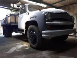 Gm Chevrolet Brasil 6500 62 em ótimo estado