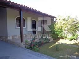 Casa com 3 quartos, piscina e churrasqueira, Ótimo bairro ID: PT-01