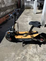 Vendo PATINETE ELÉTRICO TWO DOGS MONSTER SCOOTER