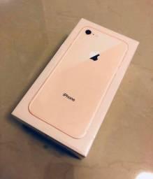 ?iPhone 8 Gold lacrado