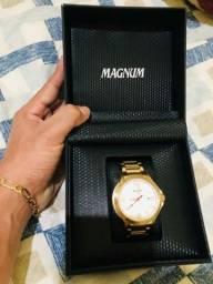 Relógio Magnum 900$