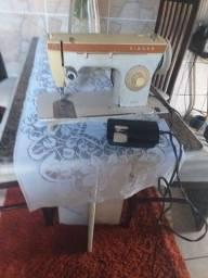 Vendo máquina de costura 247 zig zag