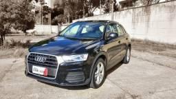 Audi Q3 2.0T Quattro Ambiente / Teto Solar