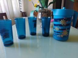 Jarra e copos Tupperware