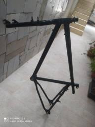 """Oportunidade """"quadro e garfo de bicicleta aro 26"""