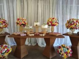 Aluga mesa com kit doceiras e boleira