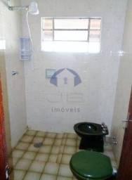 Casa à venda com 3 dormitórios cod:VCA028860