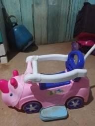 Vendo carrinho pequeno 80$