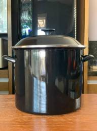 Panela Stock Pot 11,4 Litros Black Onix Le Creuset