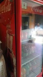 Geladeira refrigerante em excelente estado .