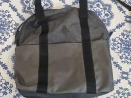 Bolsa / mochila para academia adidas com lugar para notebook cinza em lona