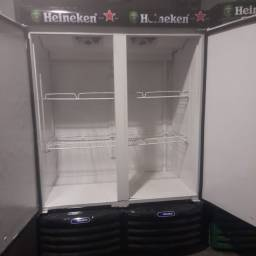 Freezer cervejeira duas porta sistema digital semi nova