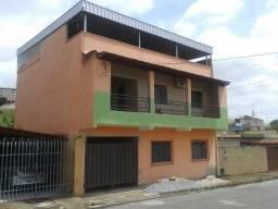 Casa residencial com aptos de aluguel Jardim dos Lagos